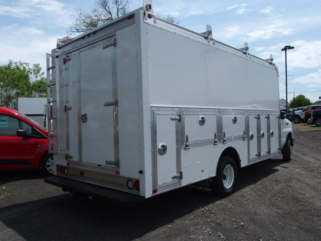 2019 E-450 4x2,  Dejana DuraCube Max Service Utility Van #10122T - photo 2