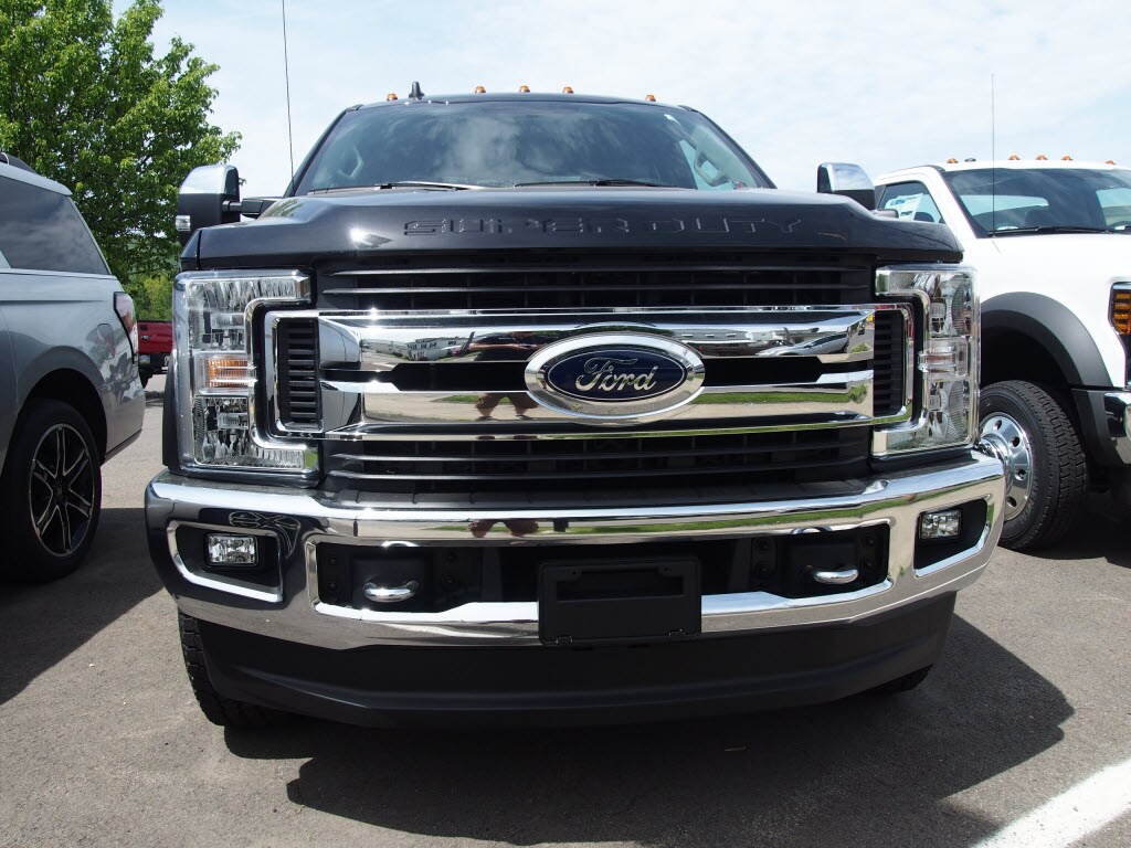 2019 F-250 Super Cab 4x4,  Pickup #10146T - photo 3