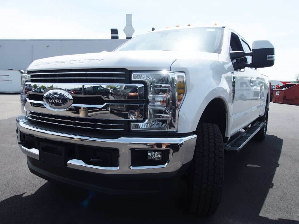 2019 F-250 Crew Cab 4x4,  Pickup #10157T - photo 4