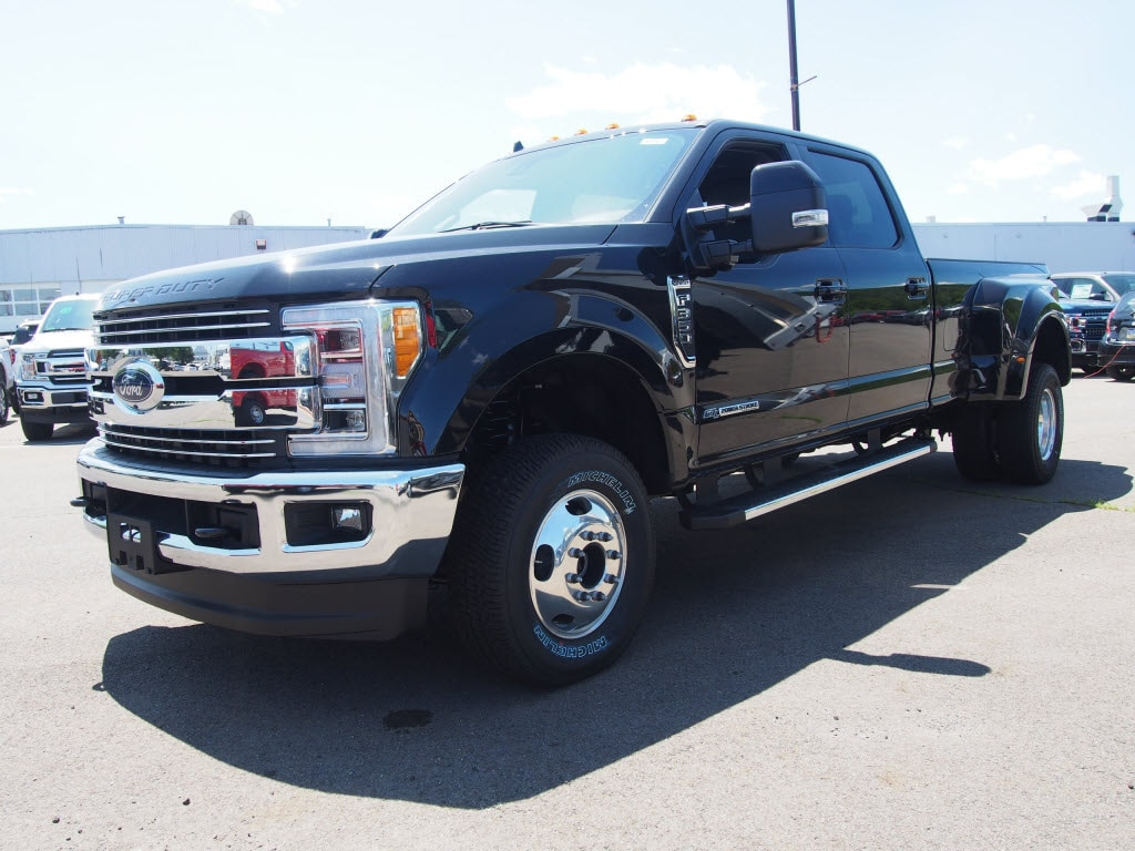 2019 F-350 Crew Cab DRW 4x4,  Pickup #10164T - photo 3