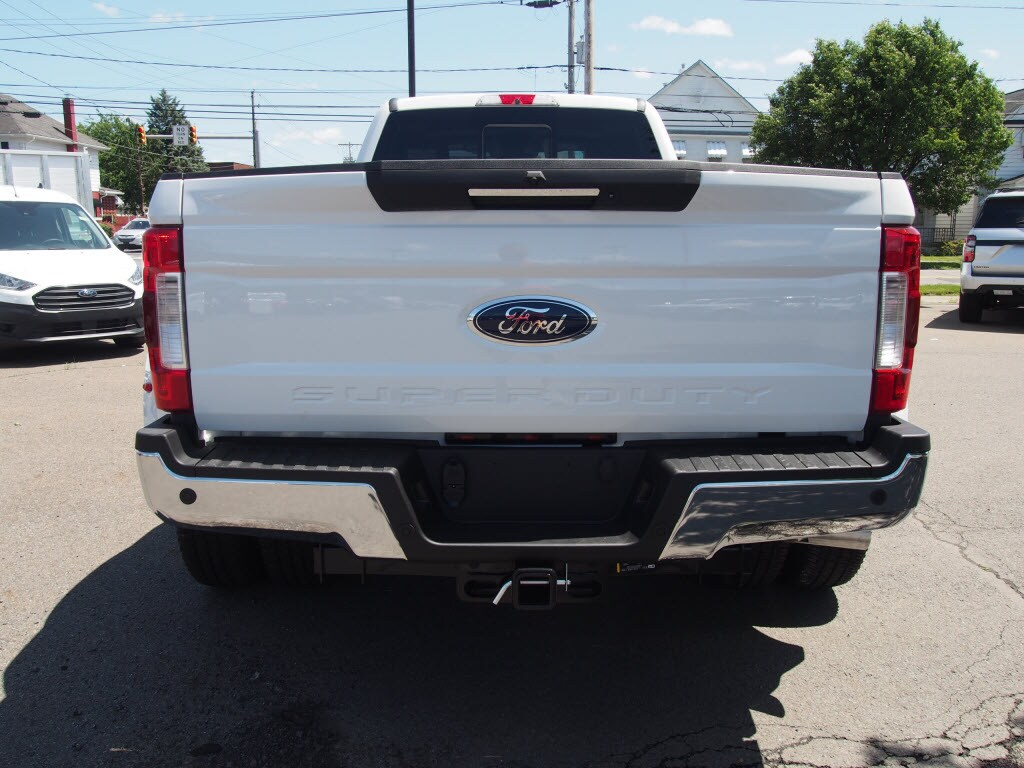 2019 F-350 Crew Cab DRW 4x4,  Pickup #10178T - photo 6