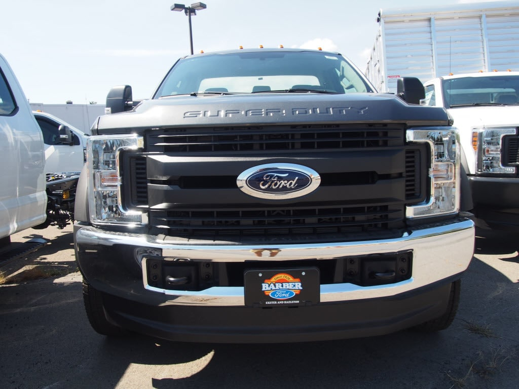 2019 F-550 Regular Cab DRW 4x4,  Cab Chassis #10301T - photo 3