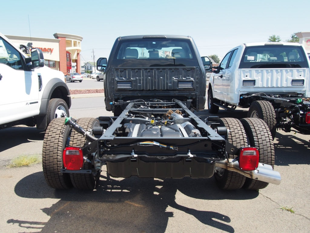 2019 F-550 Regular Cab DRW 4x4, Cab Chassis #10301T - photo 7
