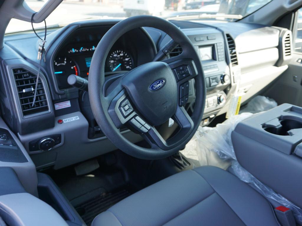 2019 F-550 Regular Cab DRW 4x4, Switch N Go Drop Box Hooklift Body #10400T - photo 5