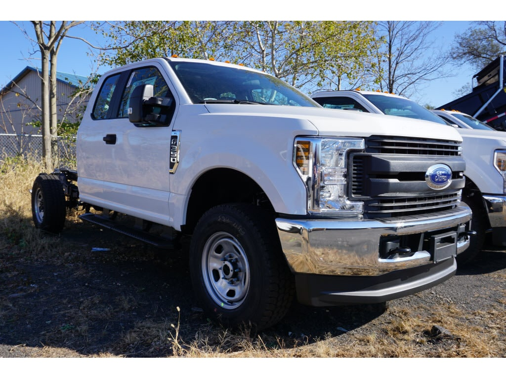 2019 F-350 Super Cab 4x4, Cab Chassis #10413T - photo 1