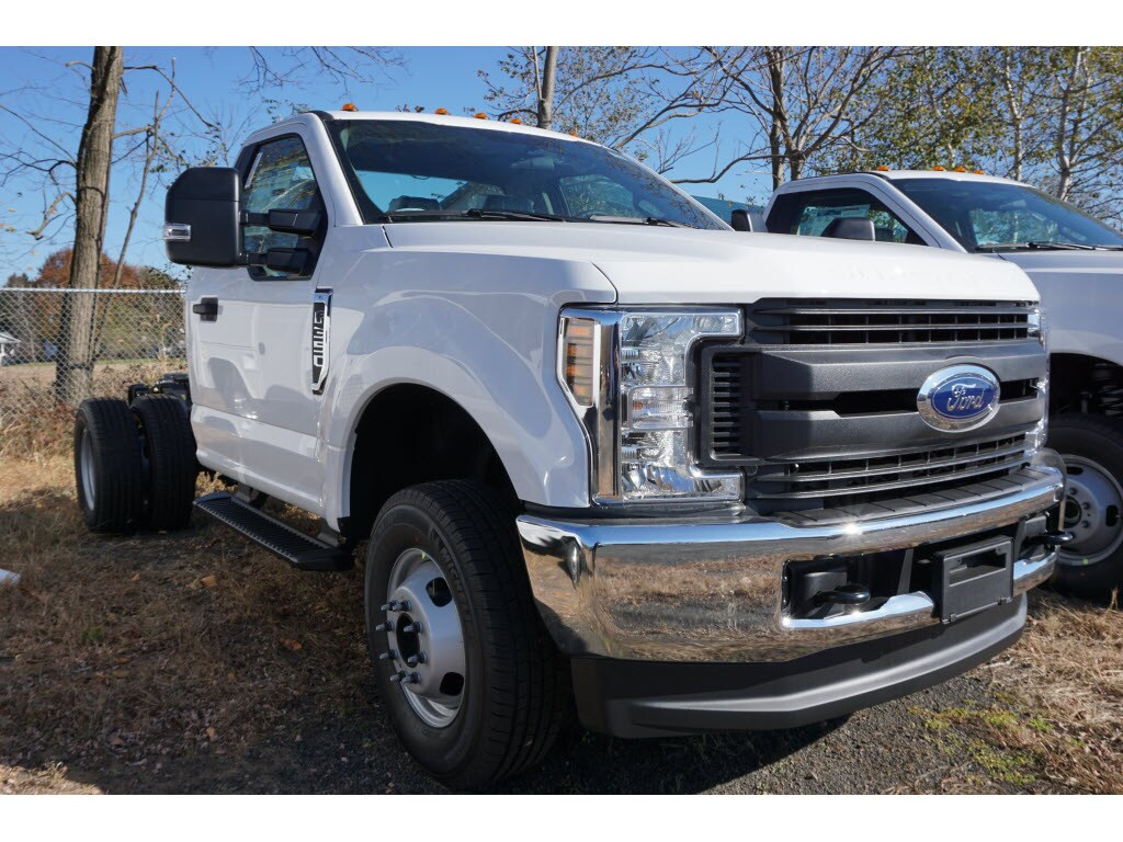 2019 F-350 Regular Cab DRW 4x4, Cab Chassis #10415T - photo 1