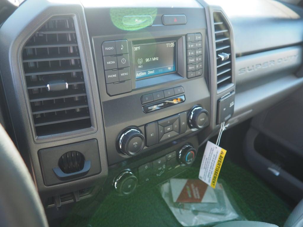 2019 F-550 Super Cab DRW 4x4, Switch N Go Drop Box Hooklift Body #10445T - photo 14