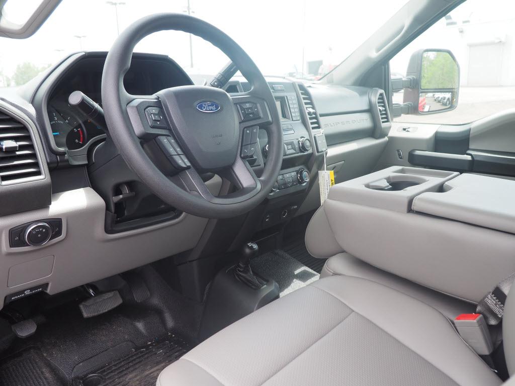 2019 Ford F-550 Regular Cab DRW 4x4, Switch N Go Hooklift Body #10579T - photo 6