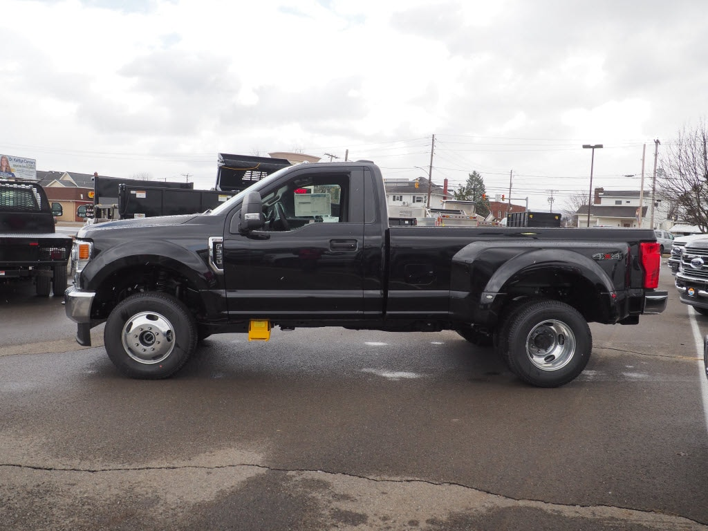 2020 F-350 Regular Cab DRW 4x4, Pickup #10607T - photo 7