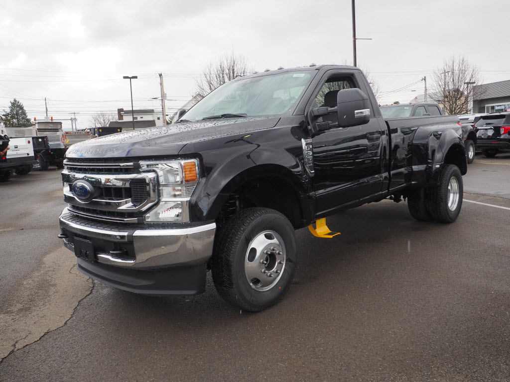 2020 F-350 Regular Cab DRW 4x4, Pickup #10607T - photo 3