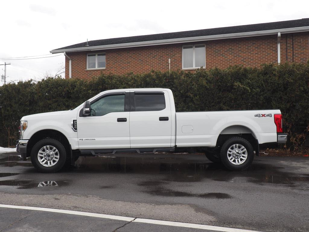 2018 Ford F-250 Crew Cab 4x4, Pickup #10971A - photo 5