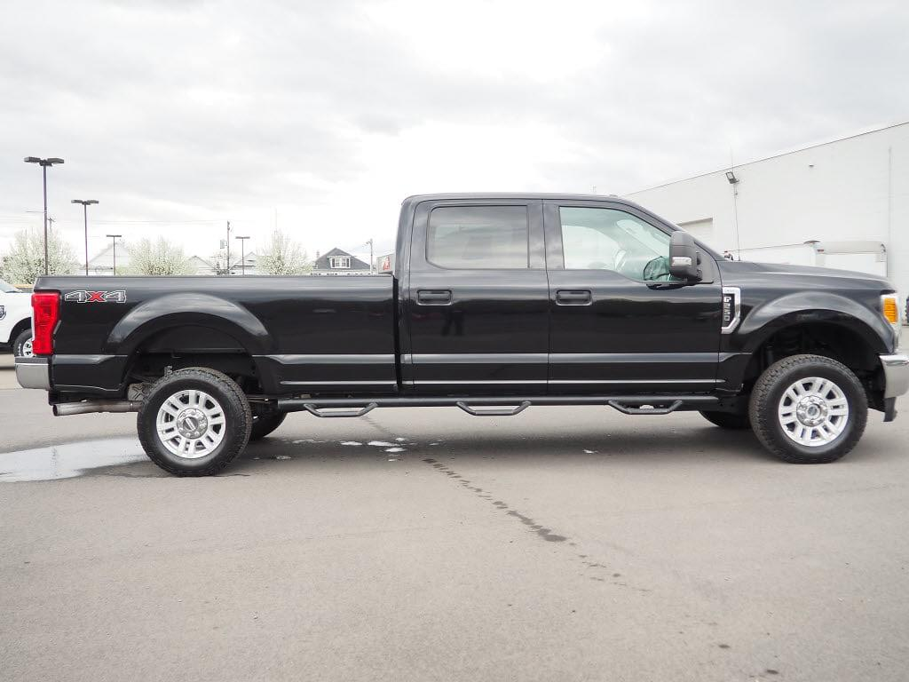 2017 Ford F-250 Crew Cab 4x4, Pickup #11031A - photo 3