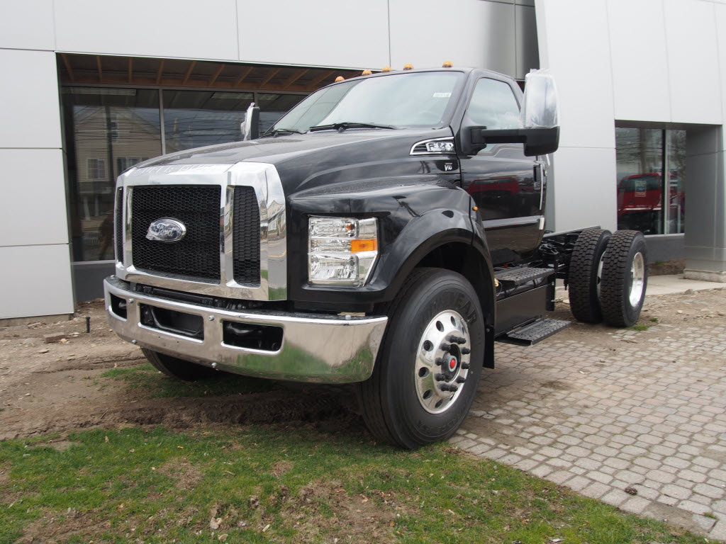 2018 F-650 Regular Cab DRW 4x2,  Cab Chassis #9516T - photo 4