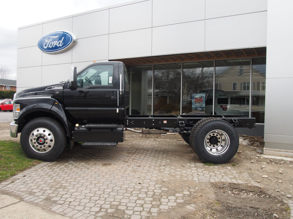 2018 F-650 Regular Cab DRW 4x2,  Cab Chassis #9516T - photo 5