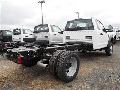 2018 F-550 Regular Cab DRW 4x4,  Cab Chassis #9533T - photo 2