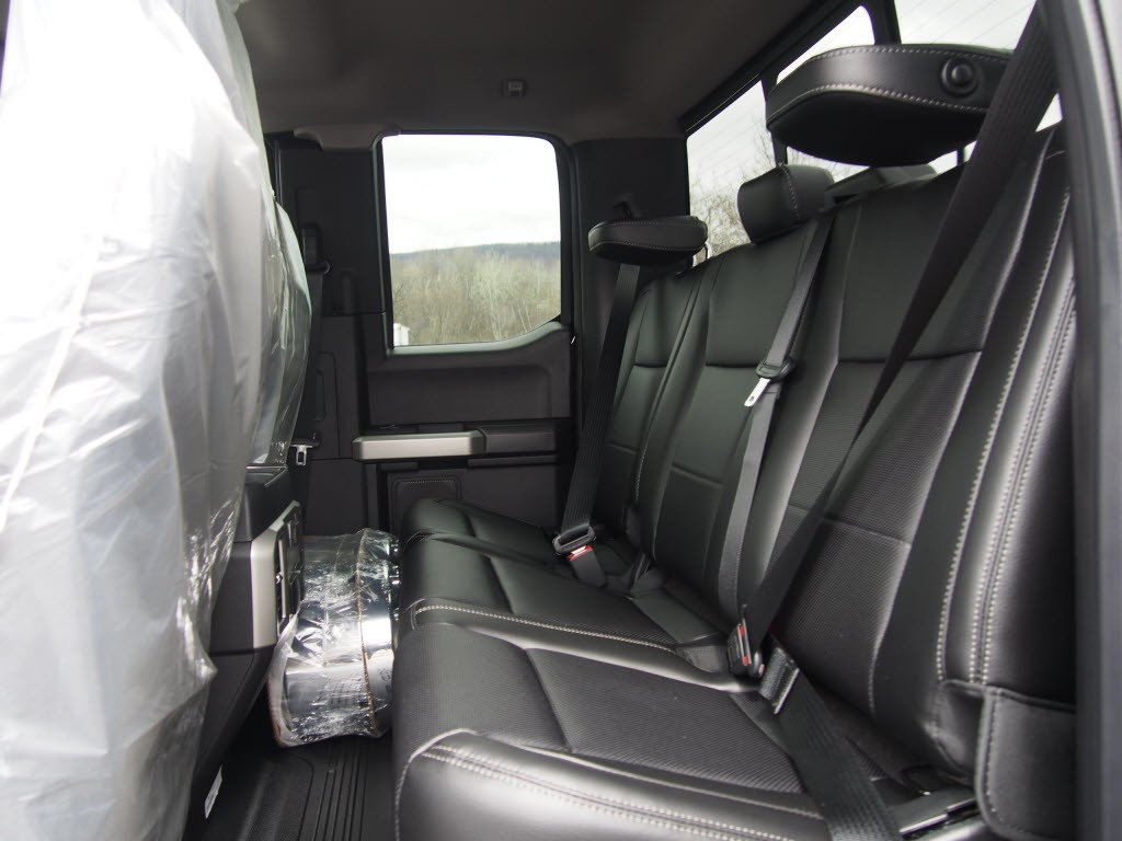 2018 F-550 Super Cab DRW 4x4,  Cab Chassis #9547T - photo 11