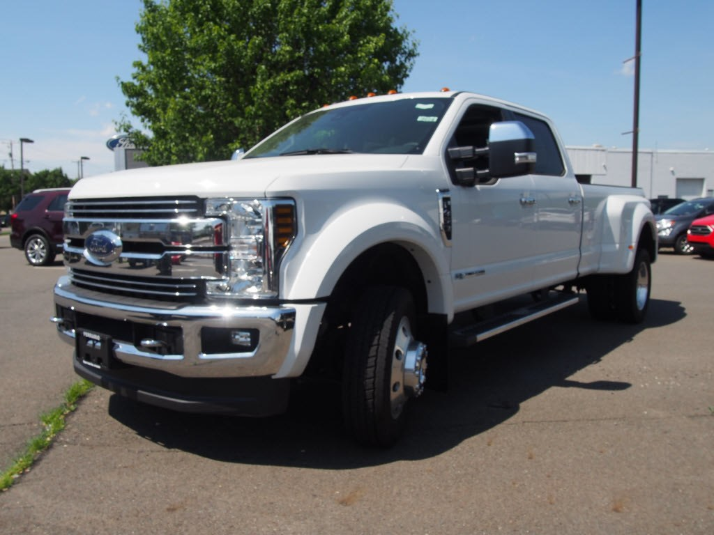 2018 F-450 Crew Cab DRW 4x4,  Pickup #9608T - photo 4