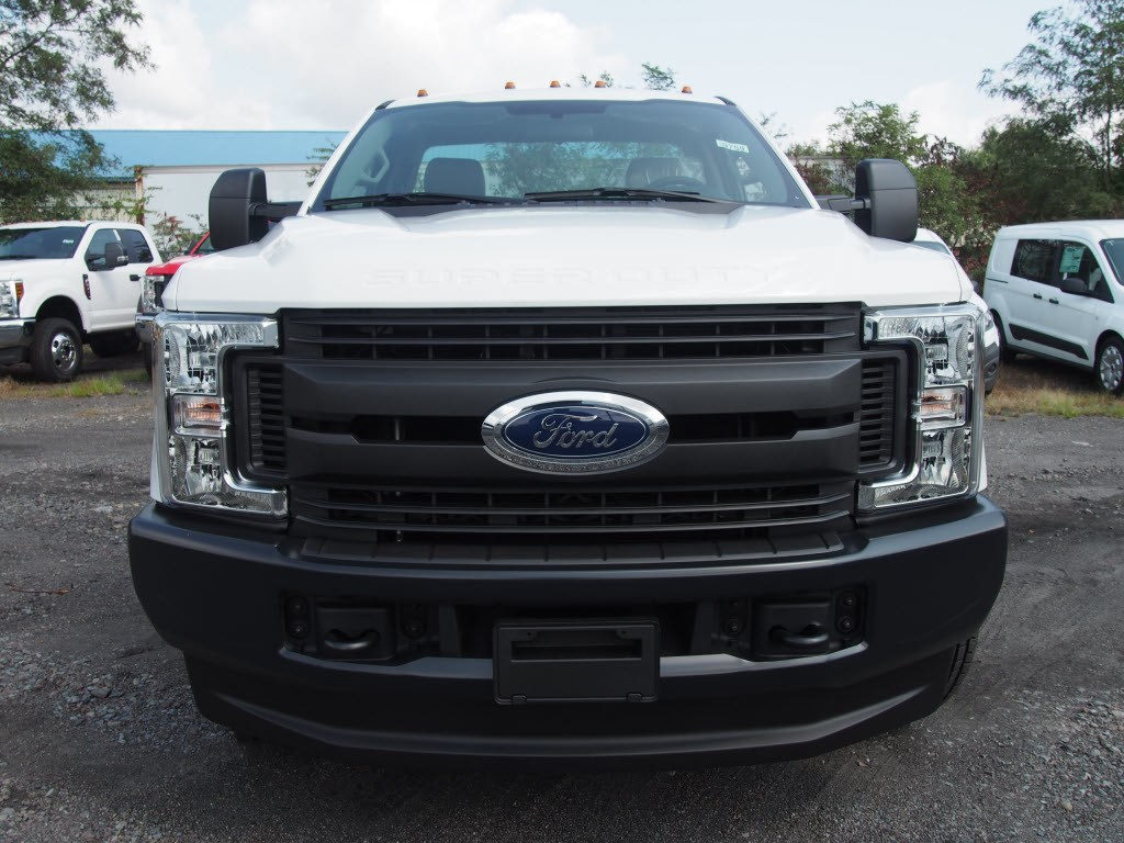 2019 F-350 Regular Cab DRW 4x4,  Cab Chassis #9759T - photo 3