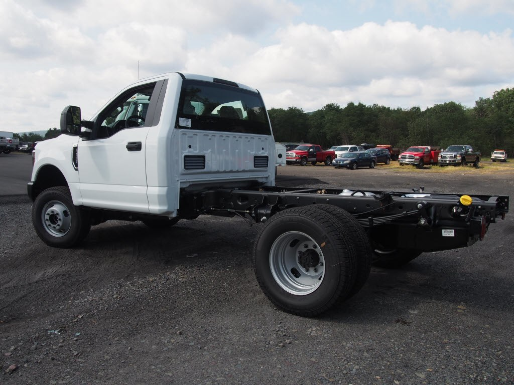 2019 F-350 Regular Cab DRW 4x4,  Cab Chassis #9759T - photo 6