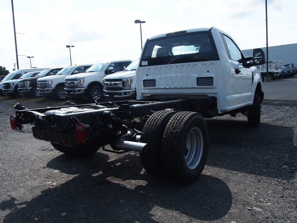 2019 F-350 Regular Cab DRW 4x4,  Cab Chassis #9759T - photo 2