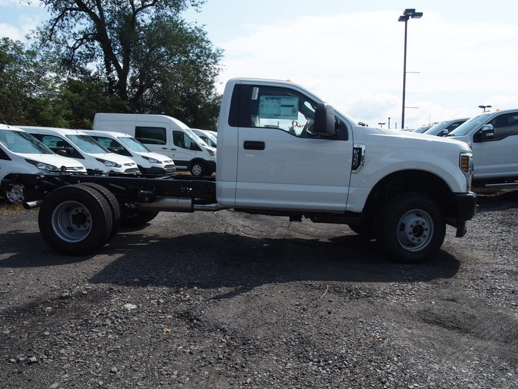 2019 F-350 Regular Cab DRW 4x4,  Cab Chassis #9759T - photo 8