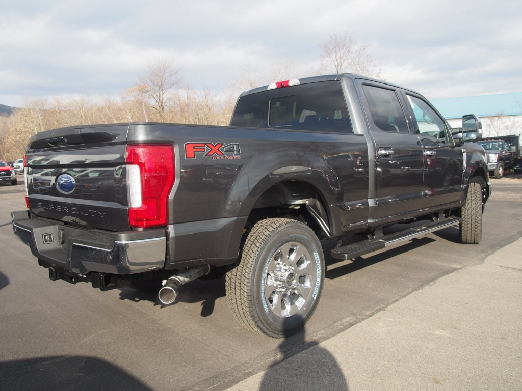 2019 F-250 Crew Cab 4x4, Pickup #9920T - photo 2