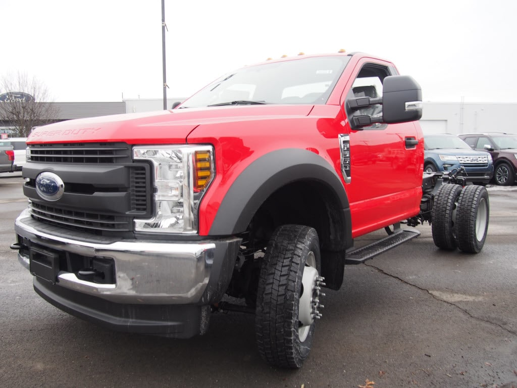 2019 F-550 Regular Cab DRW 4x4,  Duramag Dump Body #9987T - photo 4
