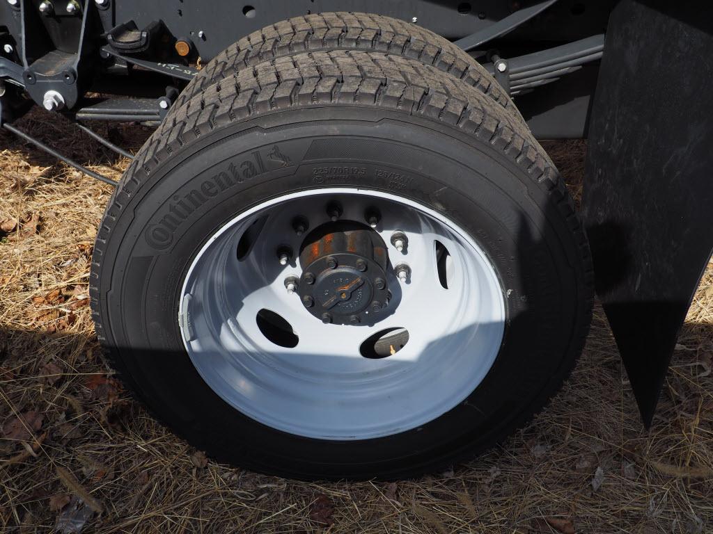 2019 F-550 Regular Cab DRW 4x4, Rugby Eliminator LP Steel Dump Body #10633T - photo 4