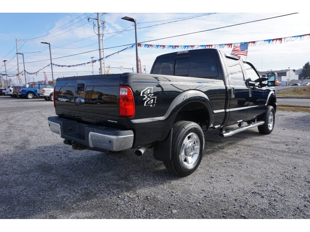2016 F-250 Crew Cab 4x4, Pickup #H9808A - photo 2