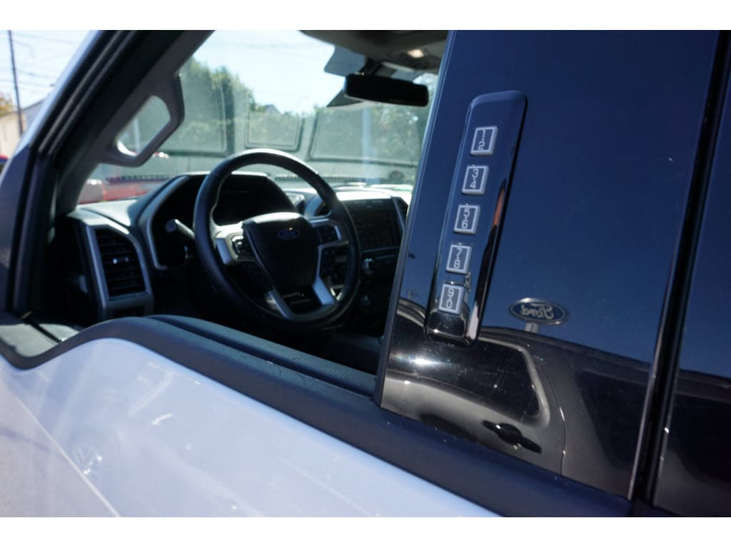 2017 F-150 SuperCrew Cab 4x4,  Pickup #P4897B - photo 19