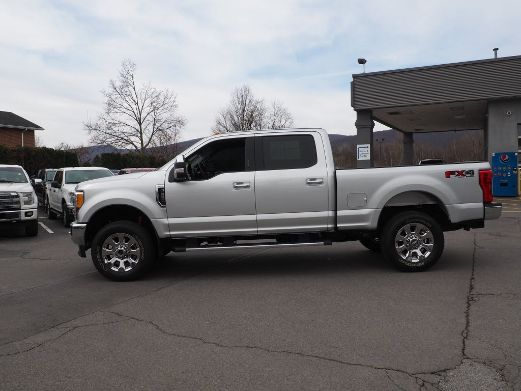 2017 F-250 Crew Cab 4x4, Pickup #P4934C - photo 6