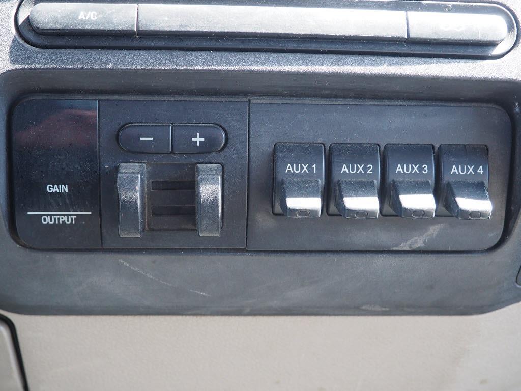 2008 Ford F-350 Regular Cab DRW 4x4, Stake Bed #P5108B - photo 15