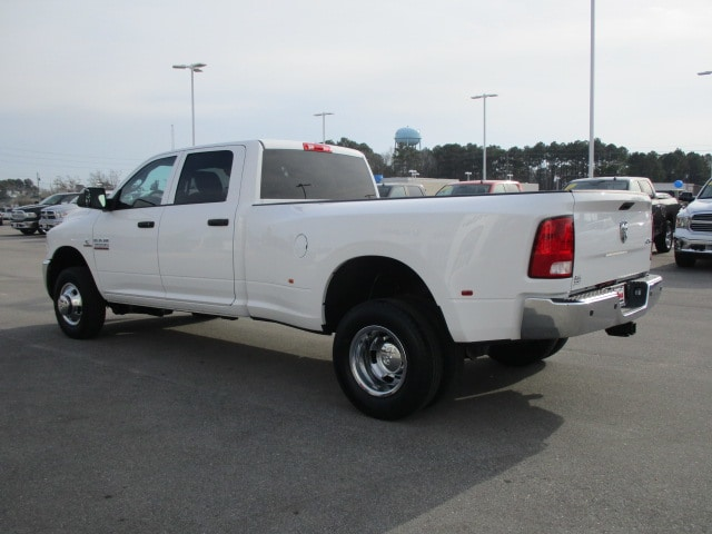 2018 Ram 3500 Crew Cab DRW 4x4, Pickup #14901 - photo 4