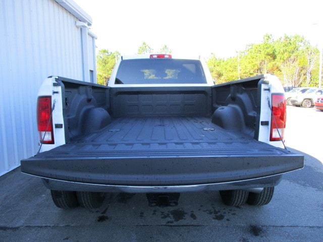 2018 Ram 3500 Crew Cab DRW 4x4, Pickup #14914 - photo 21