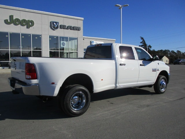 2018 Ram 3500 Crew Cab DRW 4x4, Pickup #14914 - photo 2
