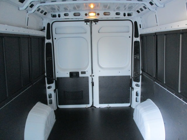 2018 ProMaster 2500 High Roof FWD,  Empty Cargo Van #15046 - photo 21