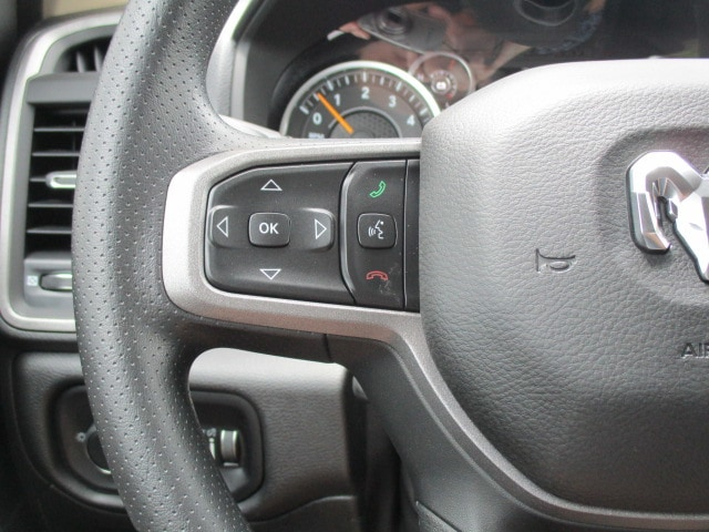 2019 Ram 1500 Crew Cab 4x4,  Pickup #15151 - photo 11
