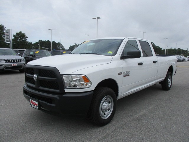 2018 Ram 2500 Crew Cab 4x2,  Pickup #15212 - photo 3