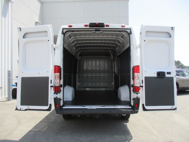 2018 ProMaster 3500 High Roof FWD,  Empty Cargo Van #15241 - photo 2