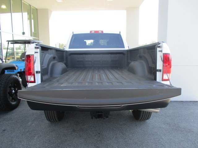 2018 Ram 3500 Crew Cab 4x2,  Pickup #15285 - photo 21