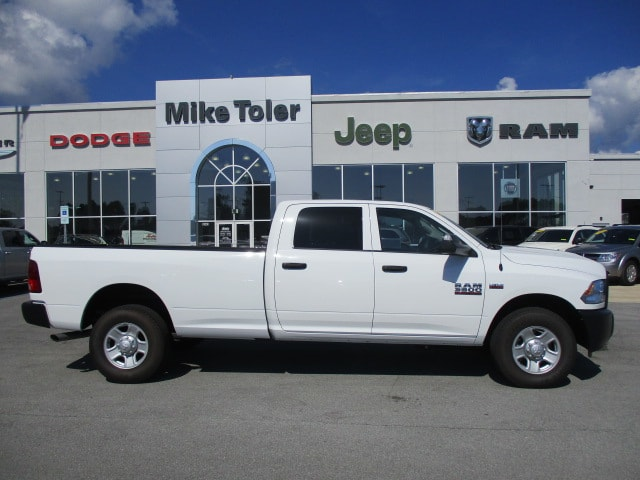 2018 Ram 3500 Crew Cab 4x2,  Pickup #15285 - photo 5