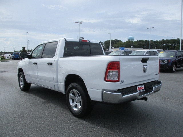 2019 Ram 1500 Crew Cab 4x4,  Pickup #15288 - photo 4
