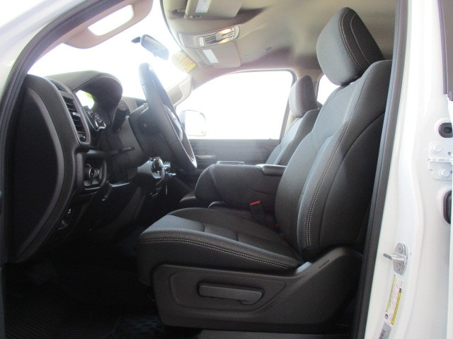 2019 Ram 1500 Crew Cab 4x2,  Pickup #15329 - photo 14