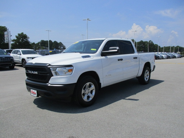 2019 Ram 1500 Crew Cab 4x2,  Pickup #15329 - photo 3