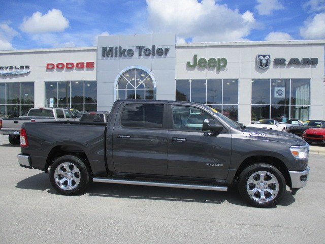 2019 Ram 1500 Crew Cab 4x4,  Pickup #15346 - photo 5