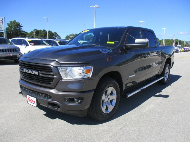 2019 Ram 1500 Crew Cab 4x4,  Pickup #15367 - photo 3