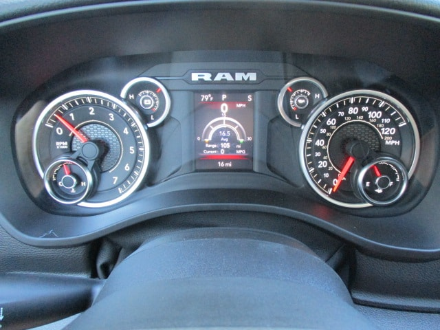 2019 Ram 1500 Crew Cab 4x4,  Pickup #15367 - photo 9