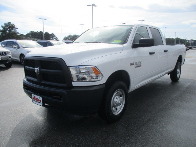 2018 Ram 2500 Crew Cab 4x2,  Pickup #15387 - photo 3