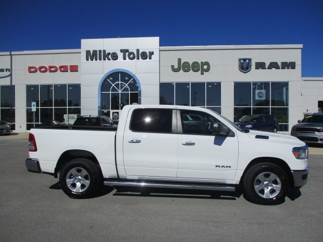 2019 Ram 1500 Crew Cab 4x2,  Pickup #15398 - photo 5