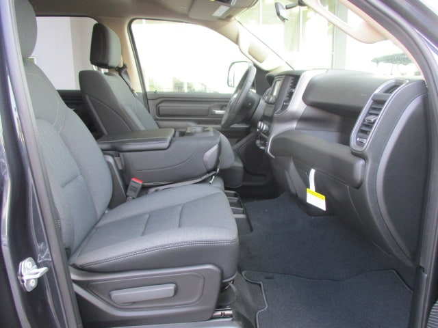 2019 Ram 1500 Crew Cab 4x4,  Pickup #15403 - photo 20